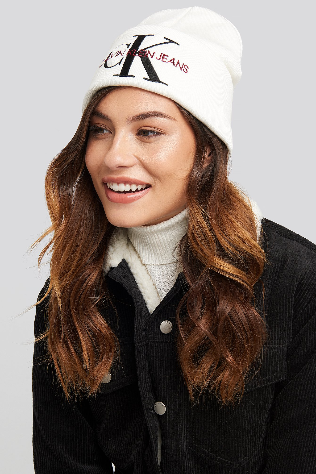 Bright White J Basic Women Knitted Beanie Hat