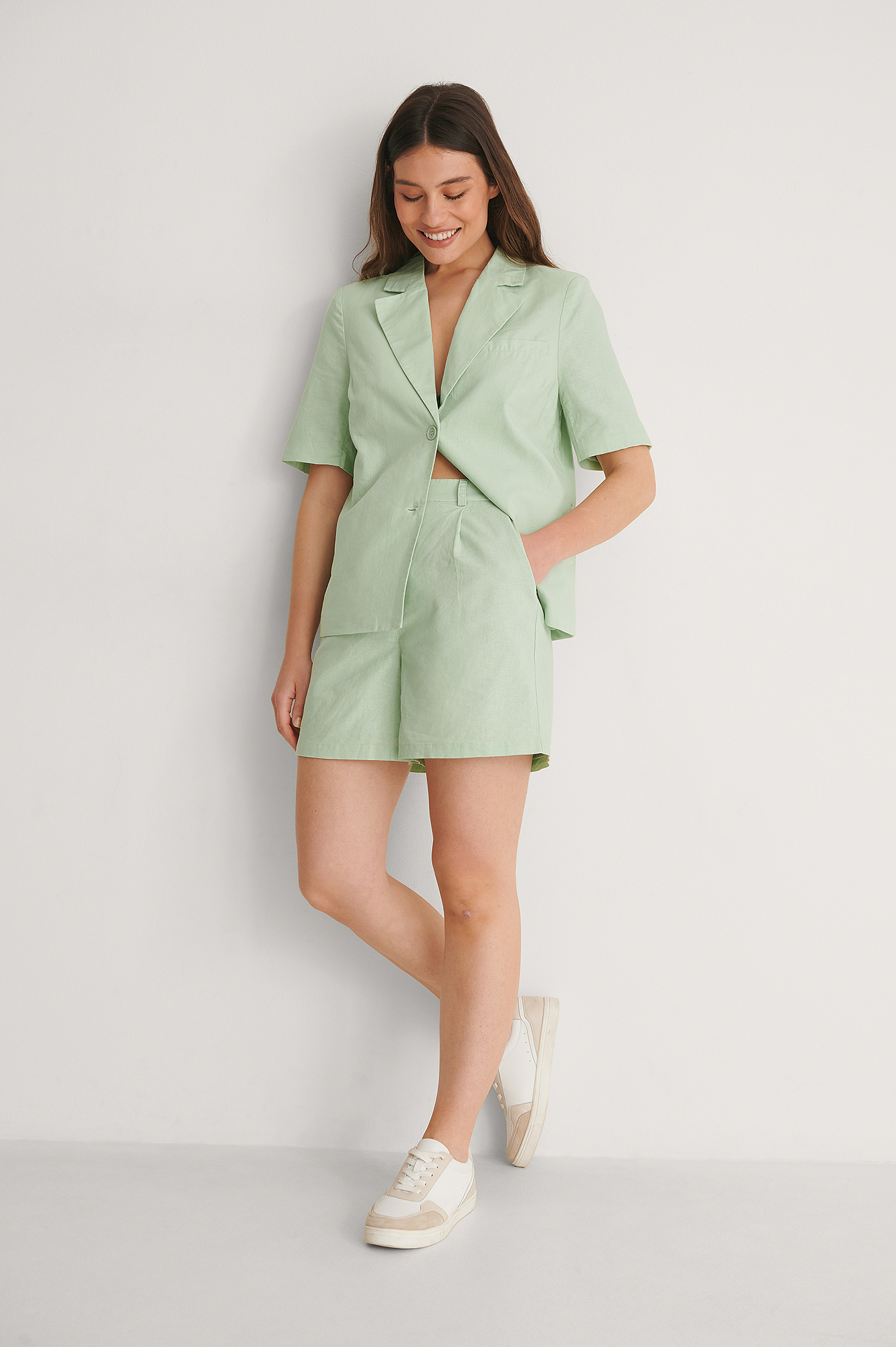 Dusty Mint Short En Lin