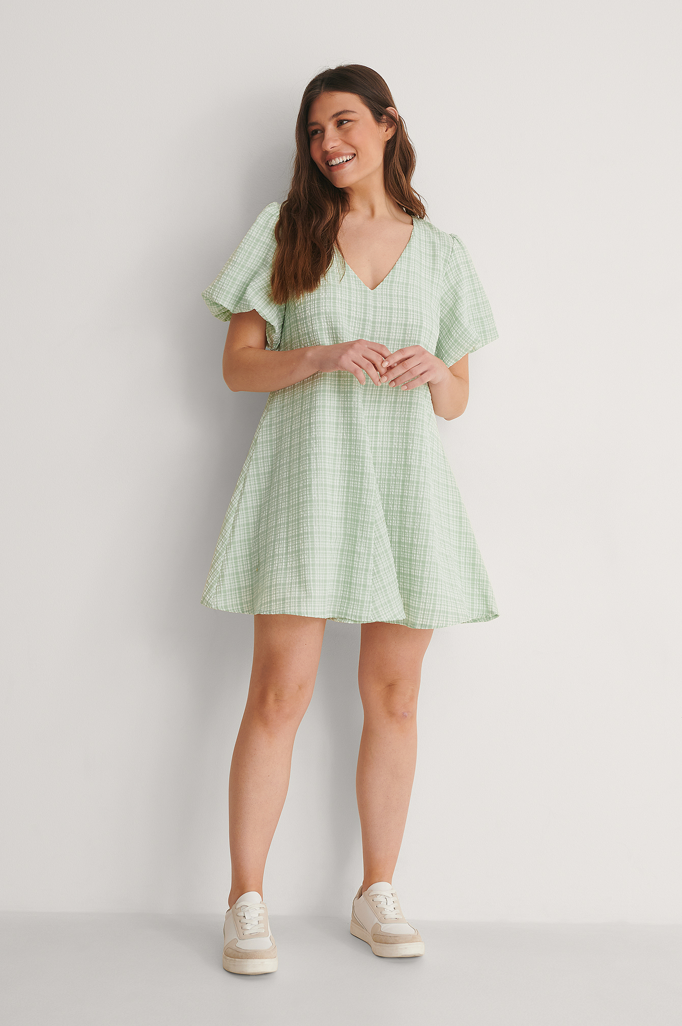 Dusty Mint Check Robe À Manches Bouffantes