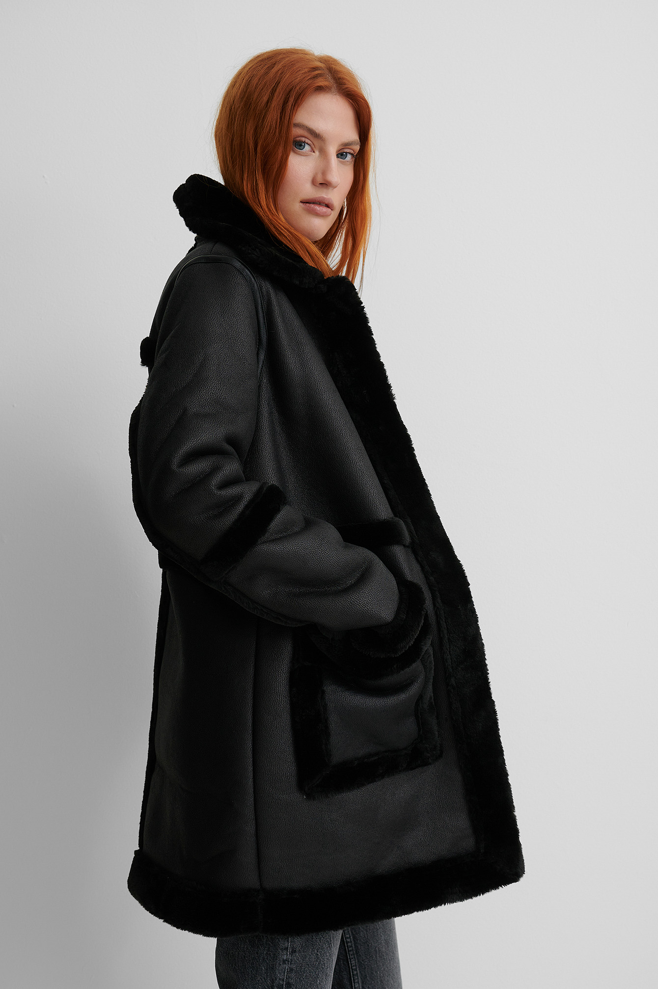 Black Manteau Long