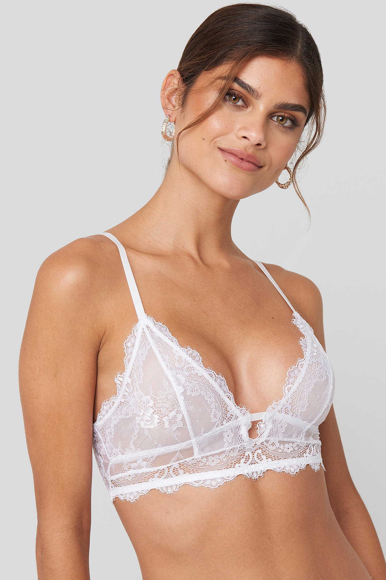 White Eyelash V Neck Lace Bralette