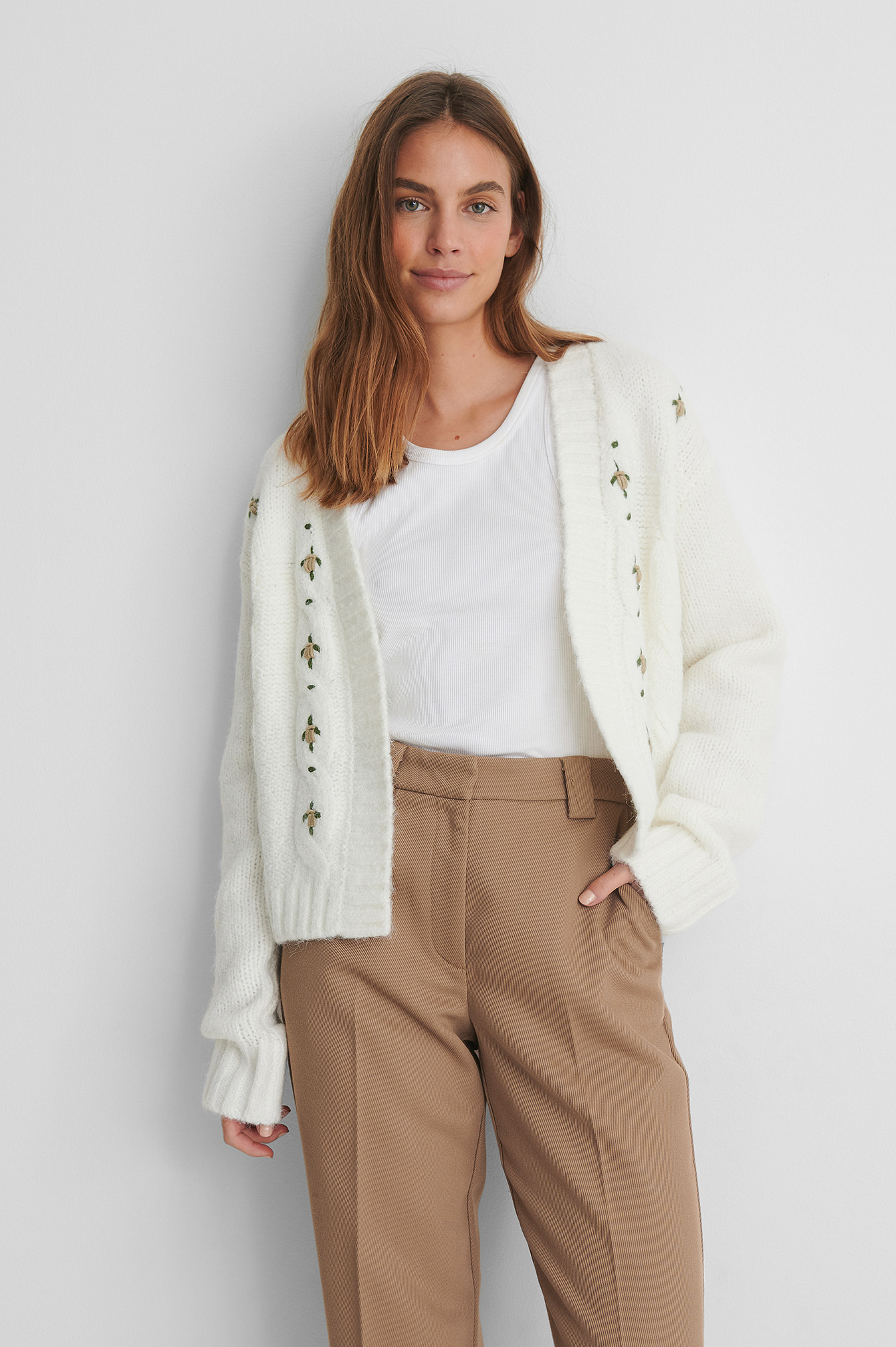 Offwhite Cardigan Tricot
