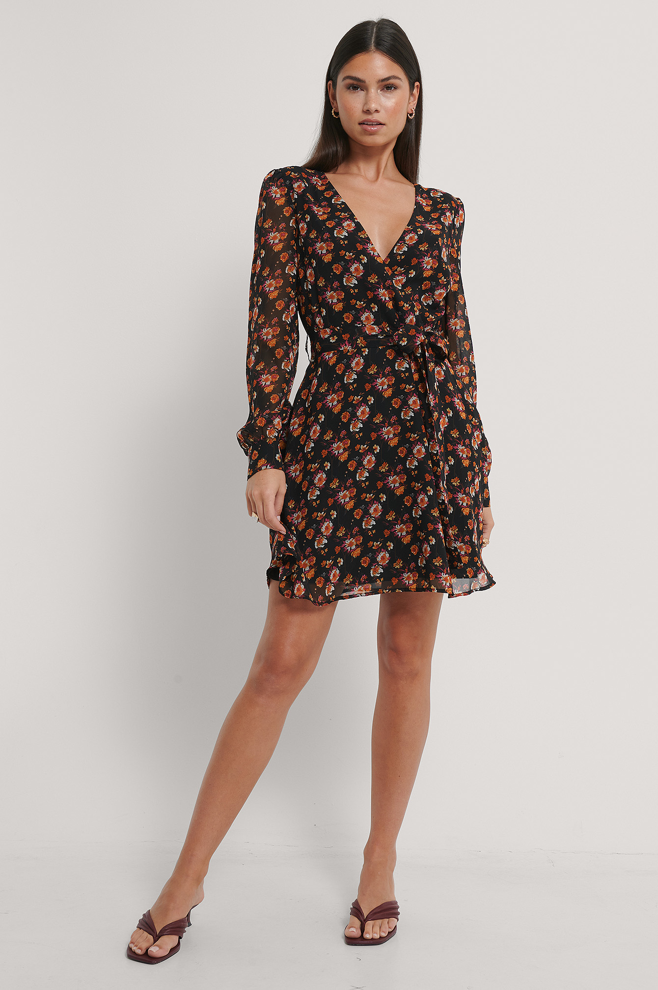 Black/Flower Print Robe Portefeuille En Mousseline