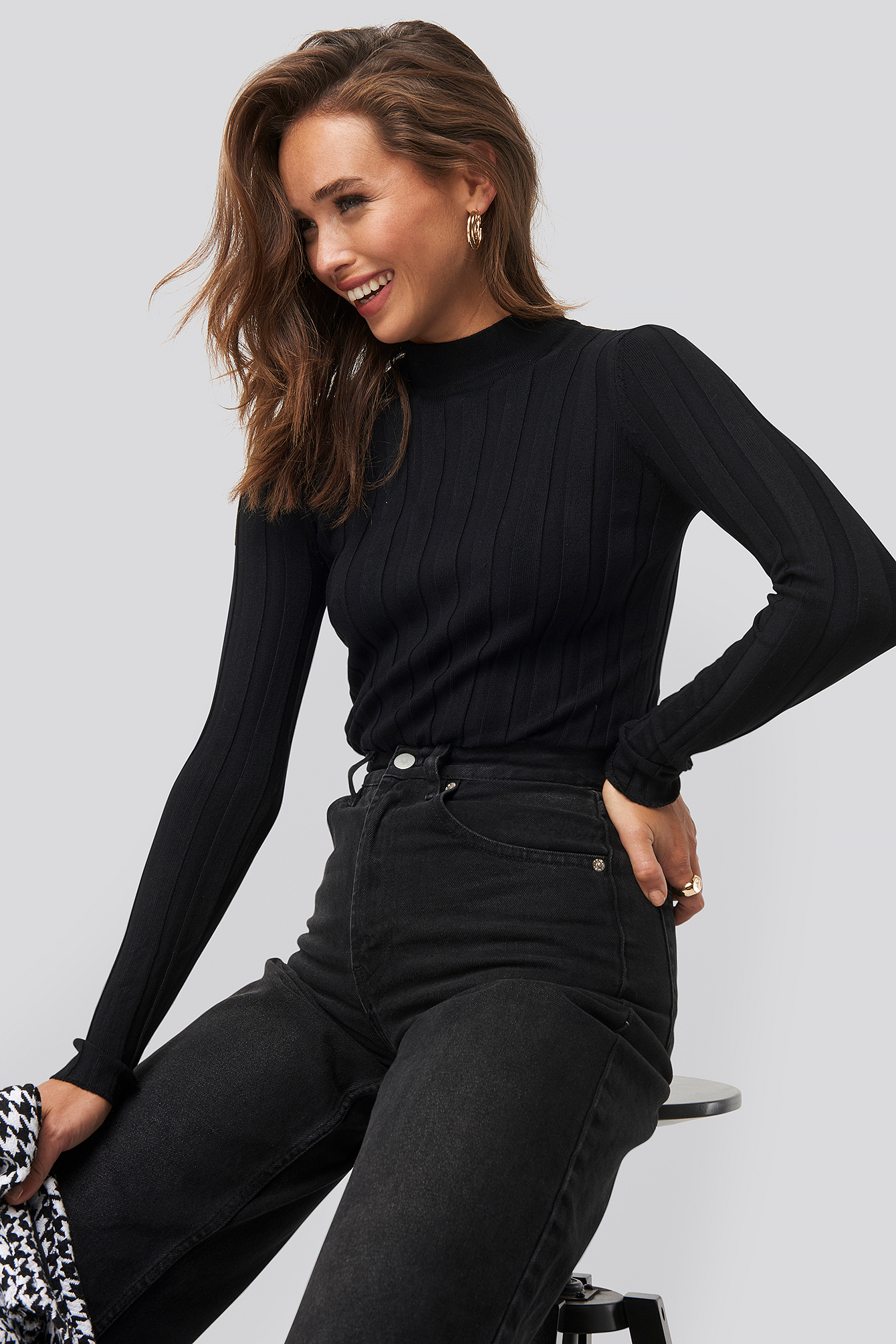 Black Hott Knitted Sweater