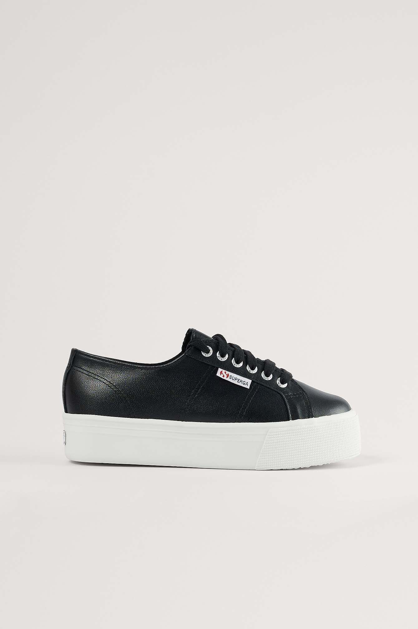 Black/White Sneakers Basiques