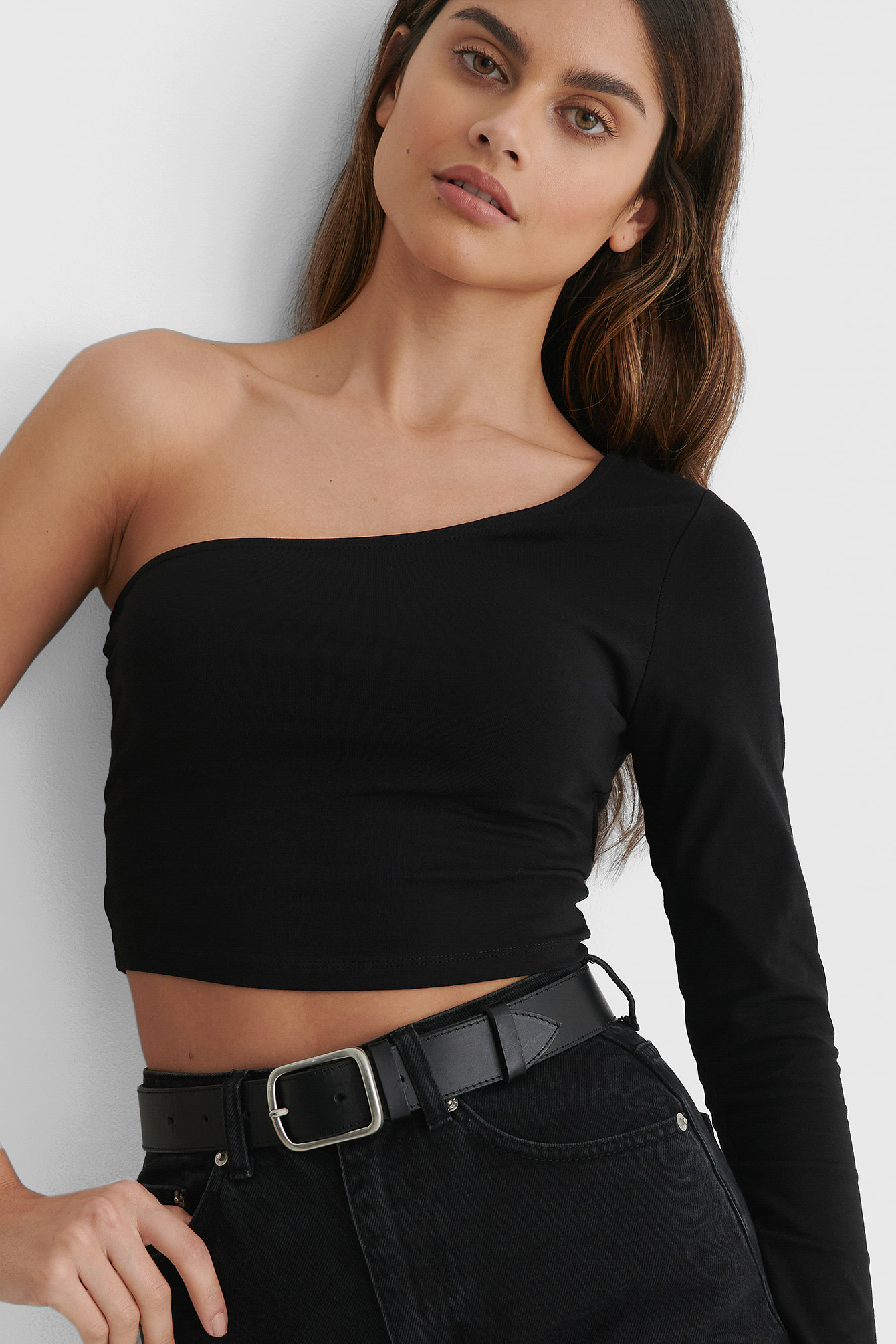 Black One Sleeve Crop Top