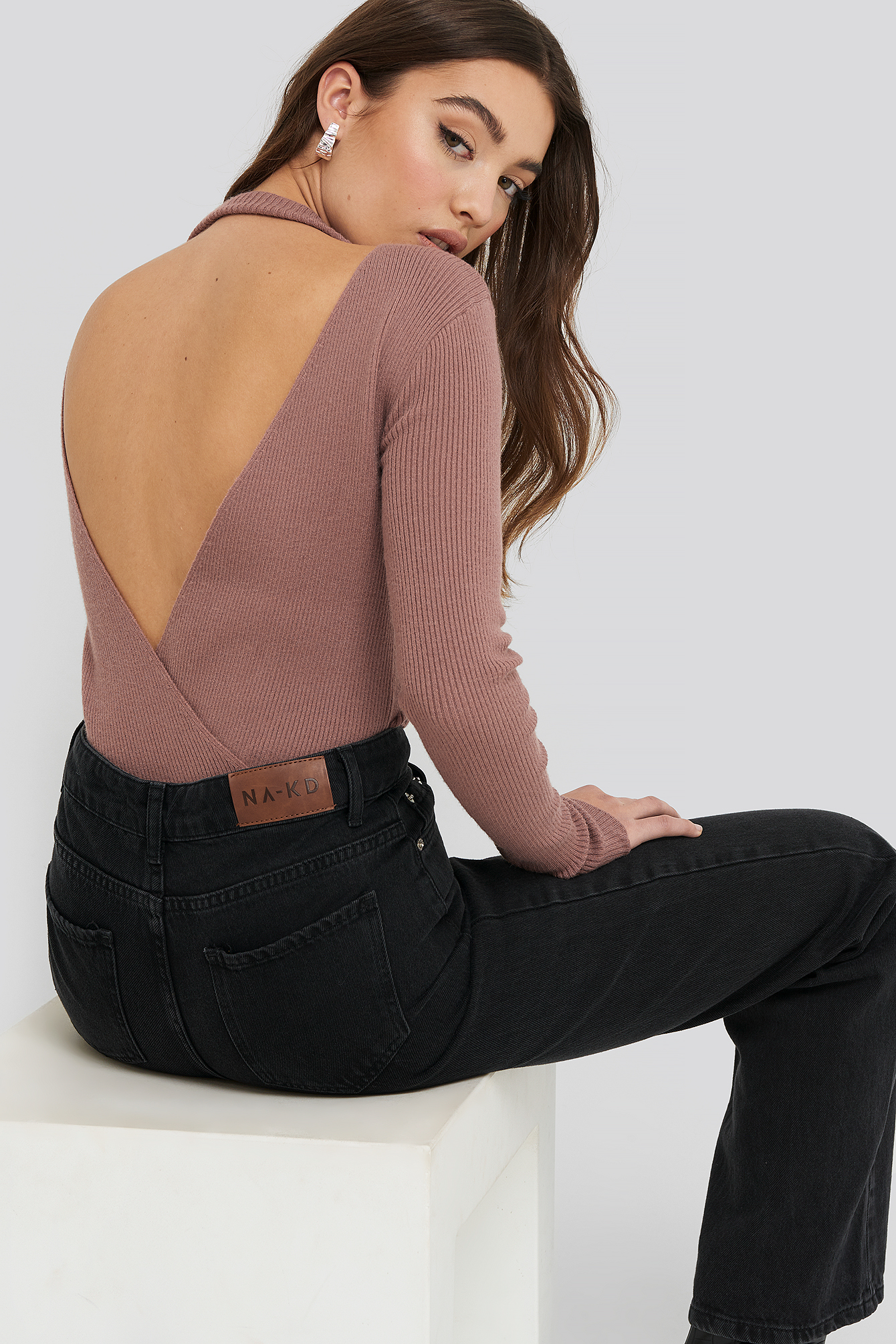 Dusty Dark Pink Open Back Overlap Knitted Sweater