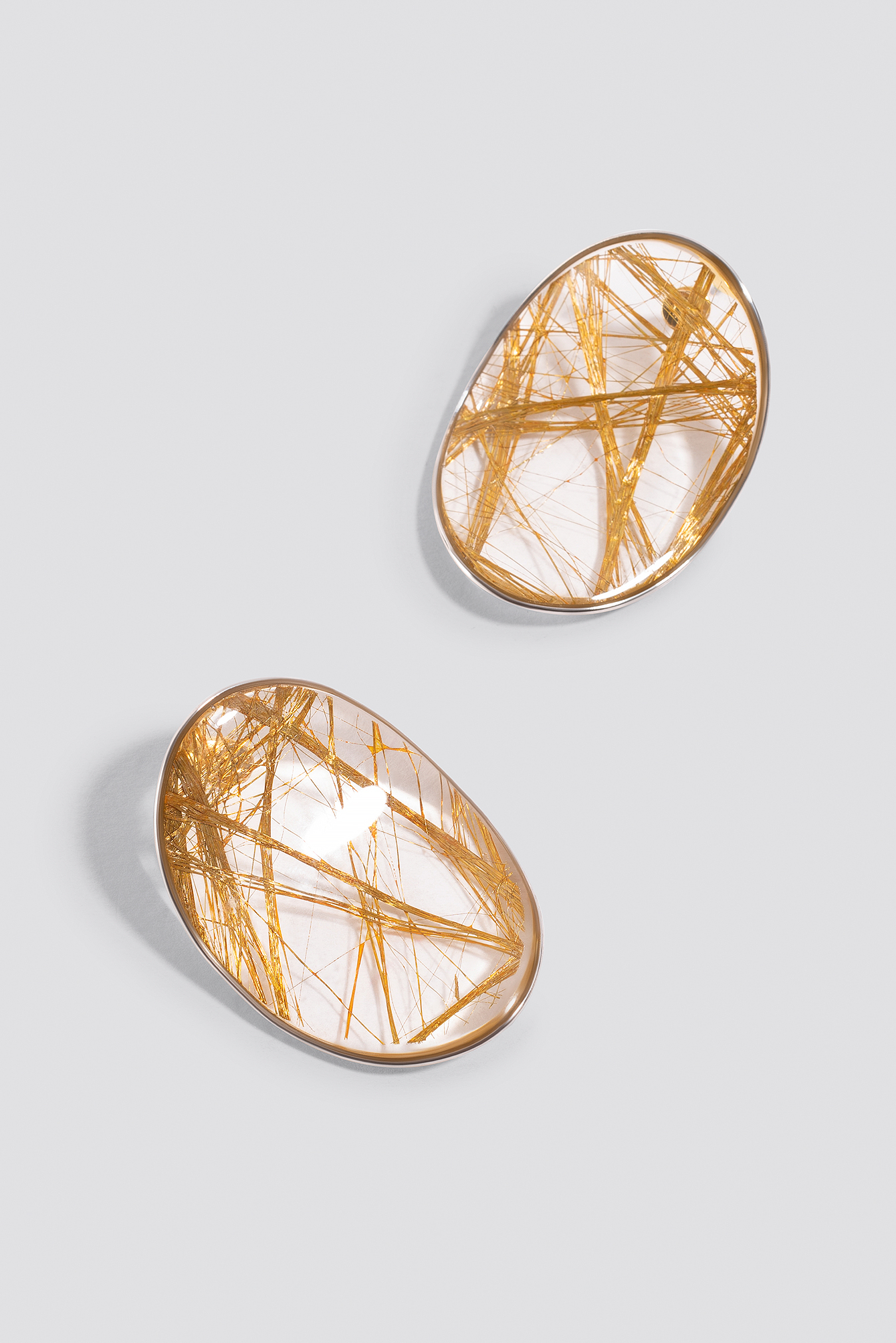Gold Oval Gold Threat Earrings