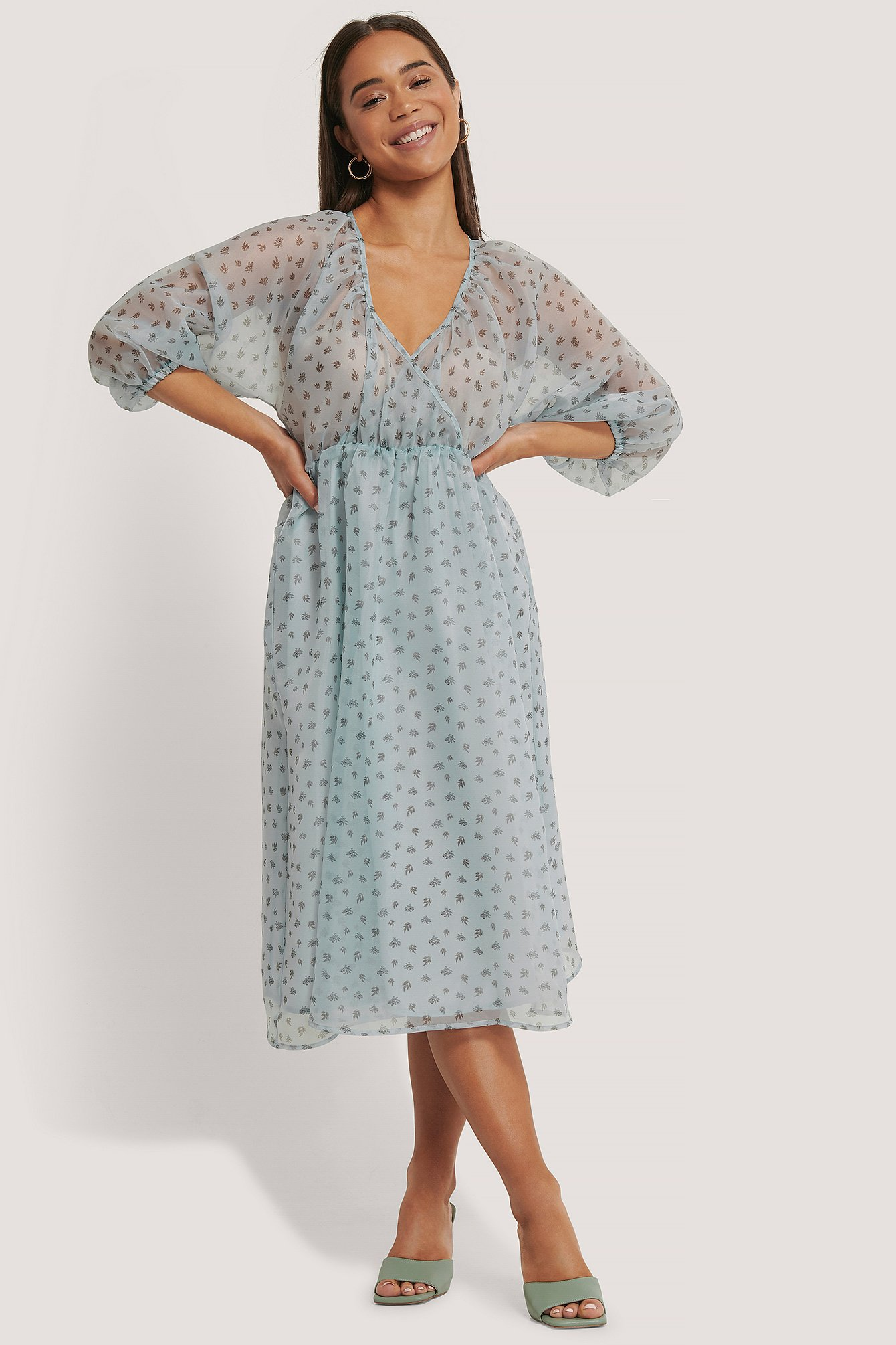Blue Flower Print Robe Midi Portefeuille
