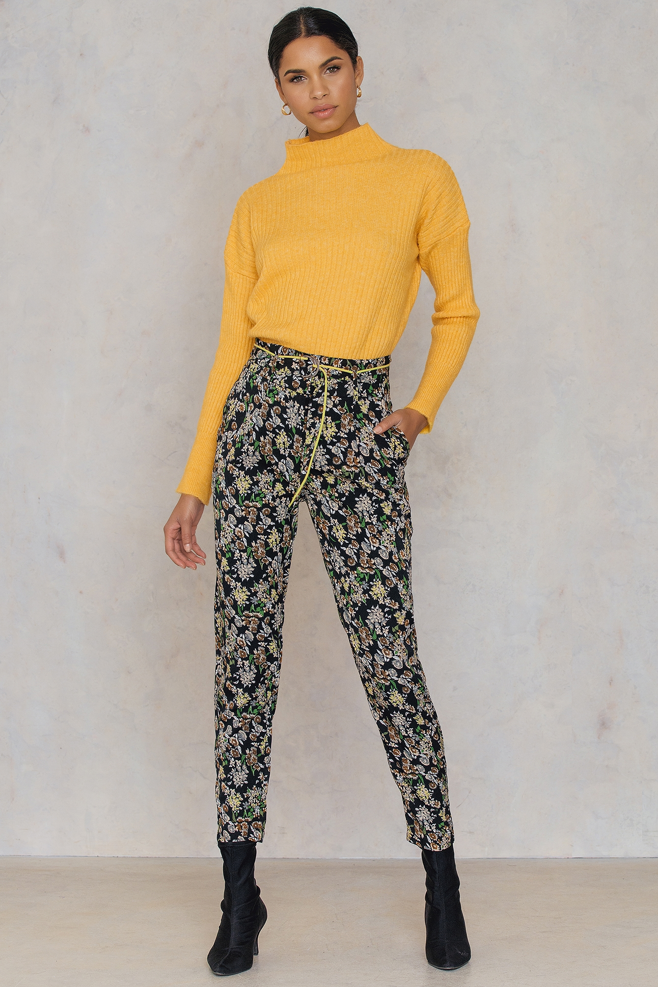 Flower Piping Pants