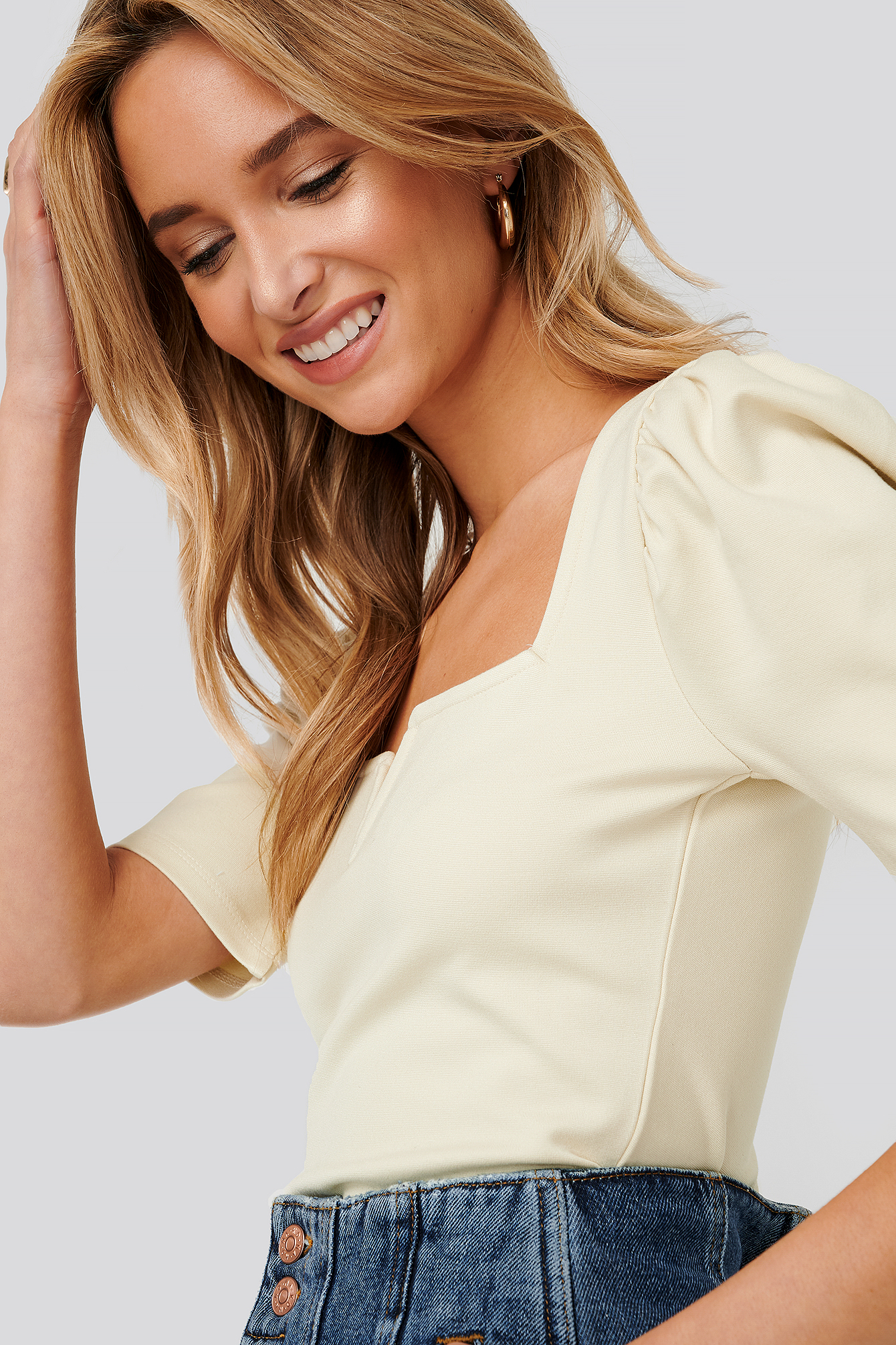 Dusty Light Beige Puff Sleeve V Detail Top