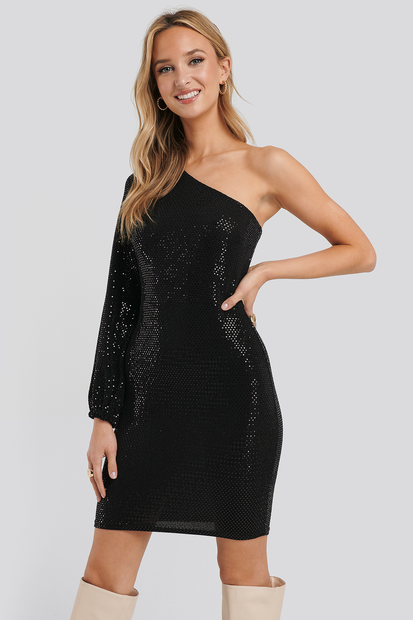 Black/Black Camma Dress
