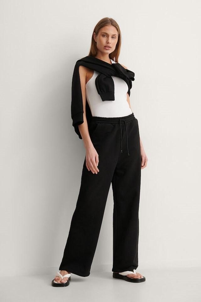 NA-KD Organic Zip Detail Hoodie Outfit