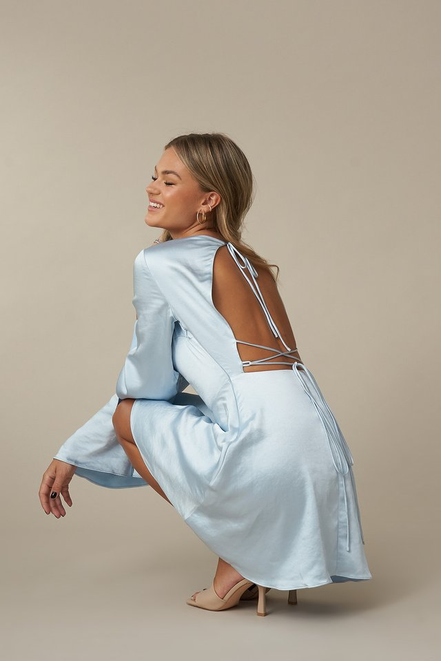 Robe Light Blue