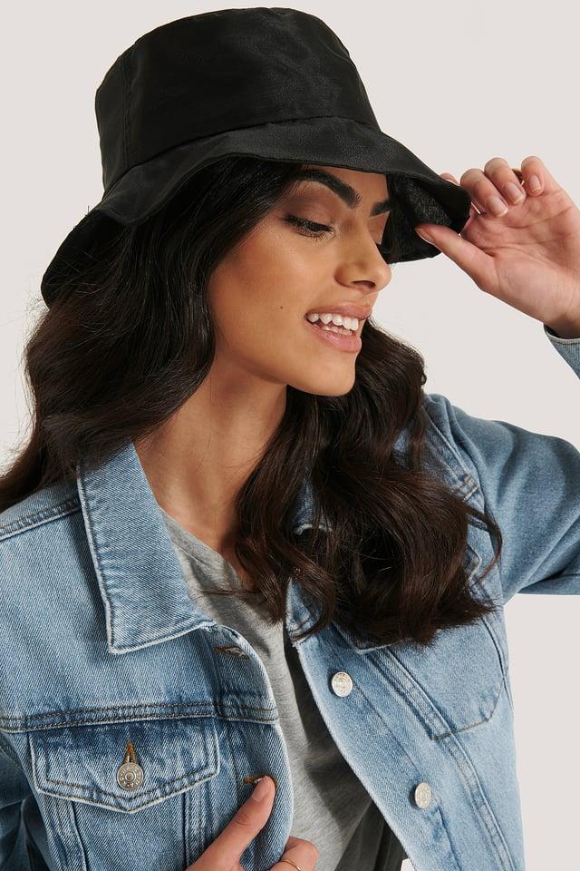 Black Chapeau