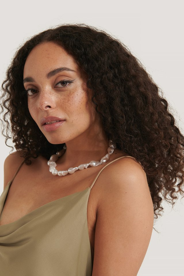 White Collier De Perles Oversize