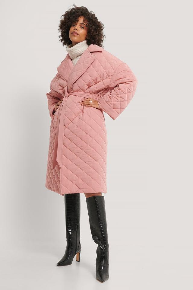 Manteau Matelassé Fendu Dans Le Dos Dusty Pink