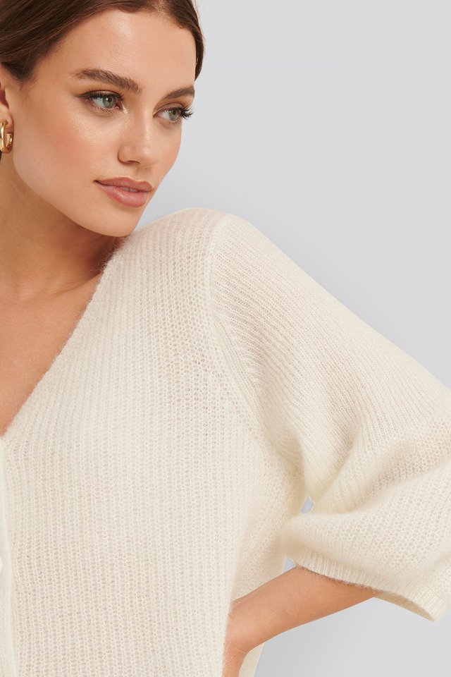Offwhite Balloon Sleeve Short Knitted Cardigan