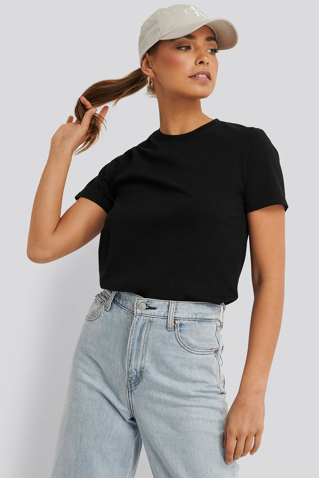 Black Tee-Shirt Basique