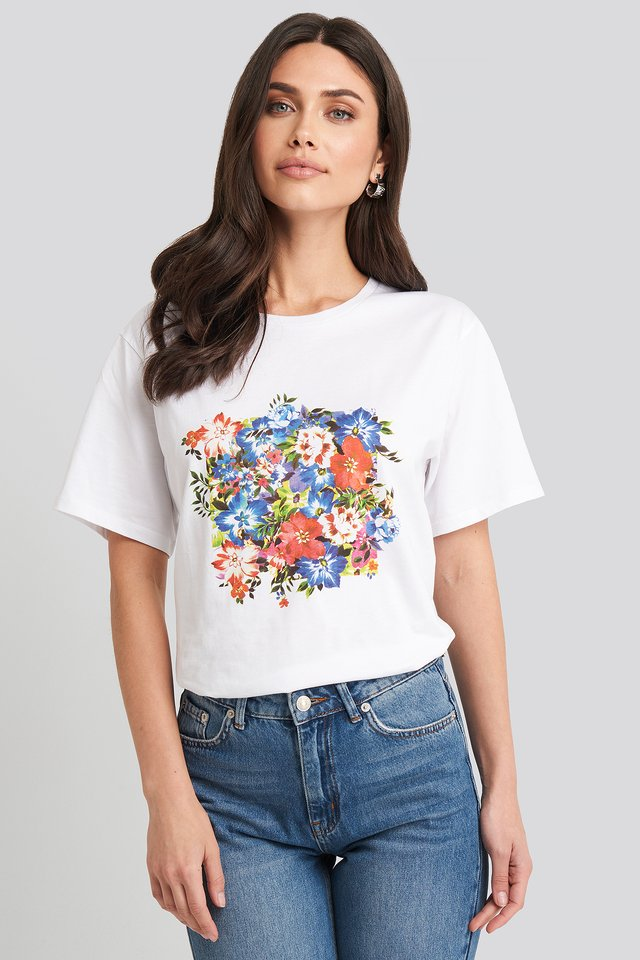 White Box Floral Oversized T-shirt