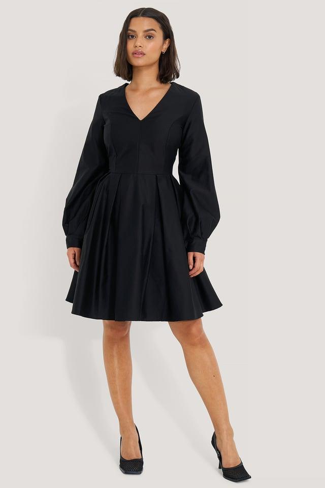 Box Pleat Mini Dress Black