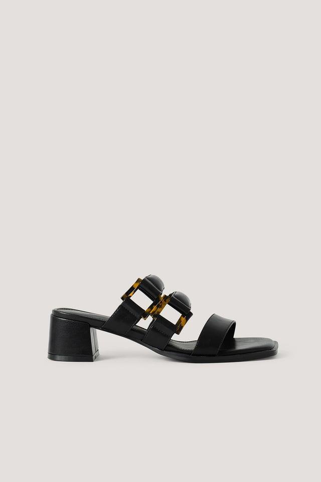 Black Sandales À Sangles Rembourrées À Boucle