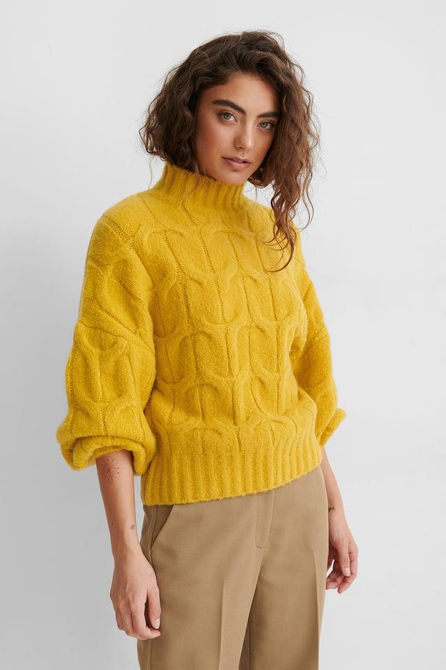 Pull En Maille Torsadée Yellow