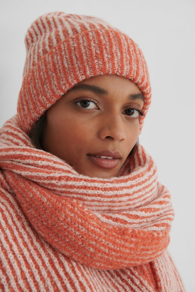 White/Orange Bonnet