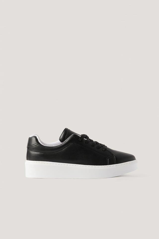 Baskets Black