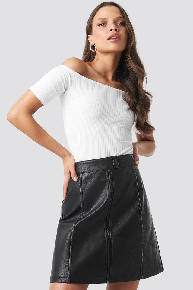 Contrast Seam A-line Pu Skirt Black