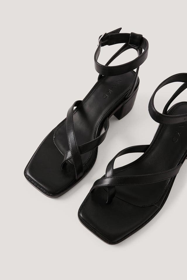 Black Sandales À Talons Blocs Et Brides Croisées