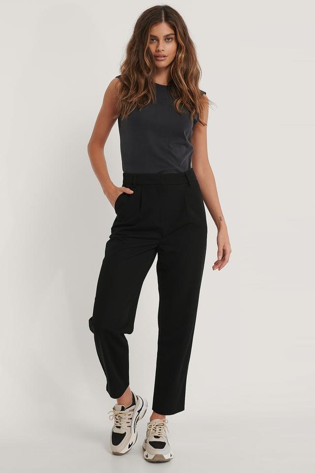 Pantalon De Costume À Pinces Aux Genoux Black