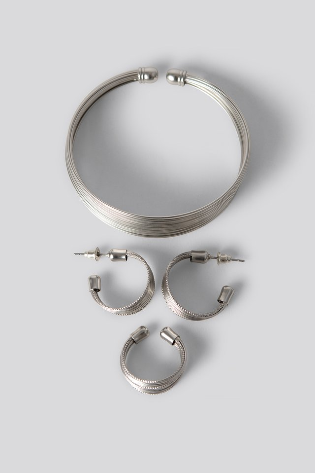 Fine Layered Jewellery Set Silver