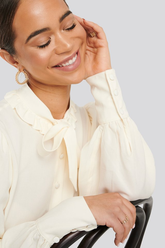 Frilled Collar Blouse Ivory