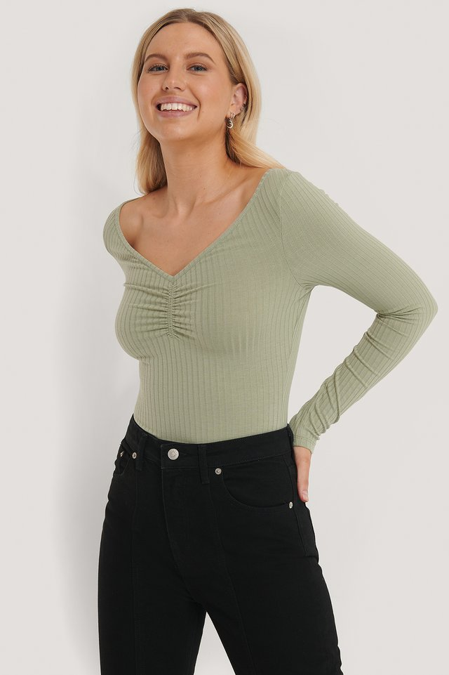 Front Ruched Ribbed Top Khaki