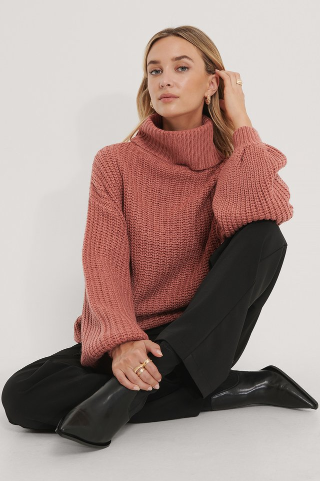 Pull Long En Tricot À Col Montant Dusty Dark Pink