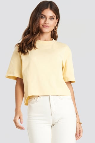 Light Yellow Tee-Shirt Surdimensionné
