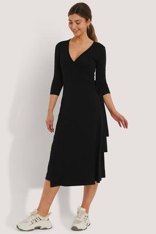 Black Robe Nouée À Superpositions