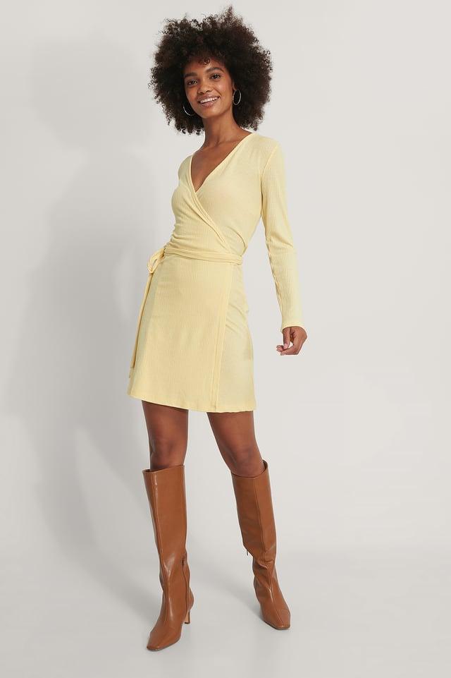 Recyclée Robe Portefeuille Courte À Nouer Yellow