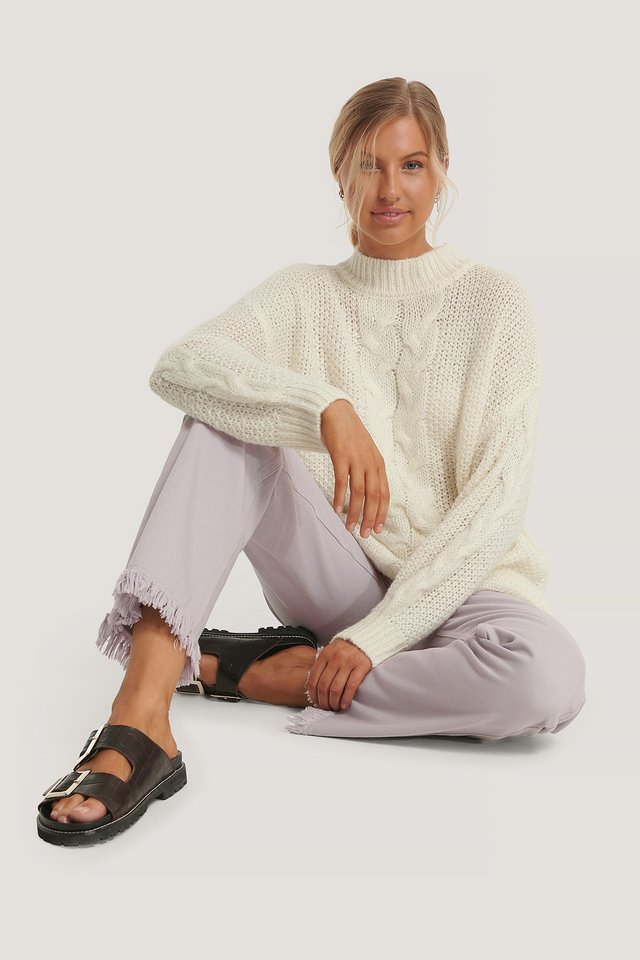 Oversized Cable Knitted Sweater Offwhite