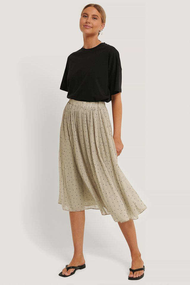 Pleated Dotted Skirt Cream
