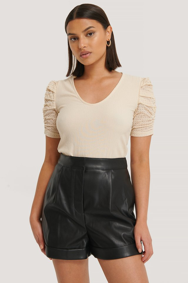 Black Short Faux Cuir