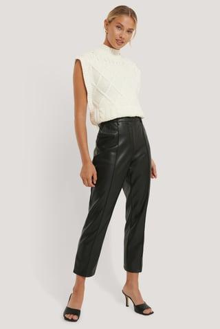 Black Pantalon Court Taille Haute En Faux Cuir