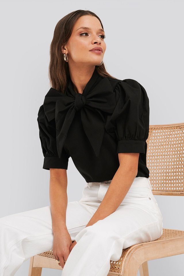 Puff Short Sleeve Pussy Bow Shirt Deep Black