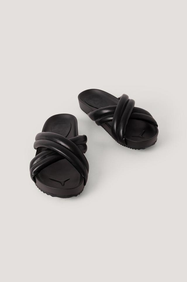 Pantoufles Croisées Bouffantes Black