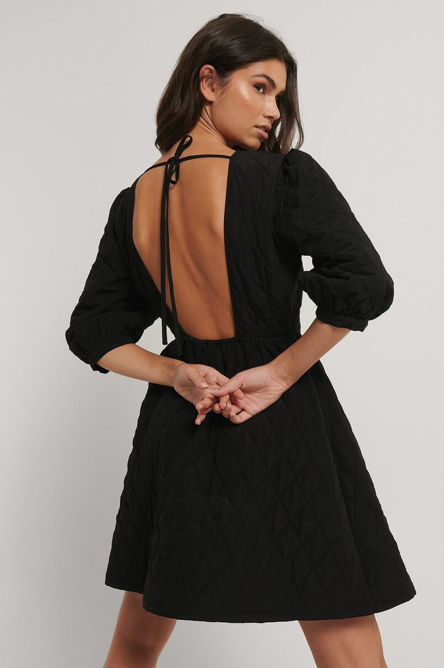 Robe Mini Matelassée À Dos Ouvert Black