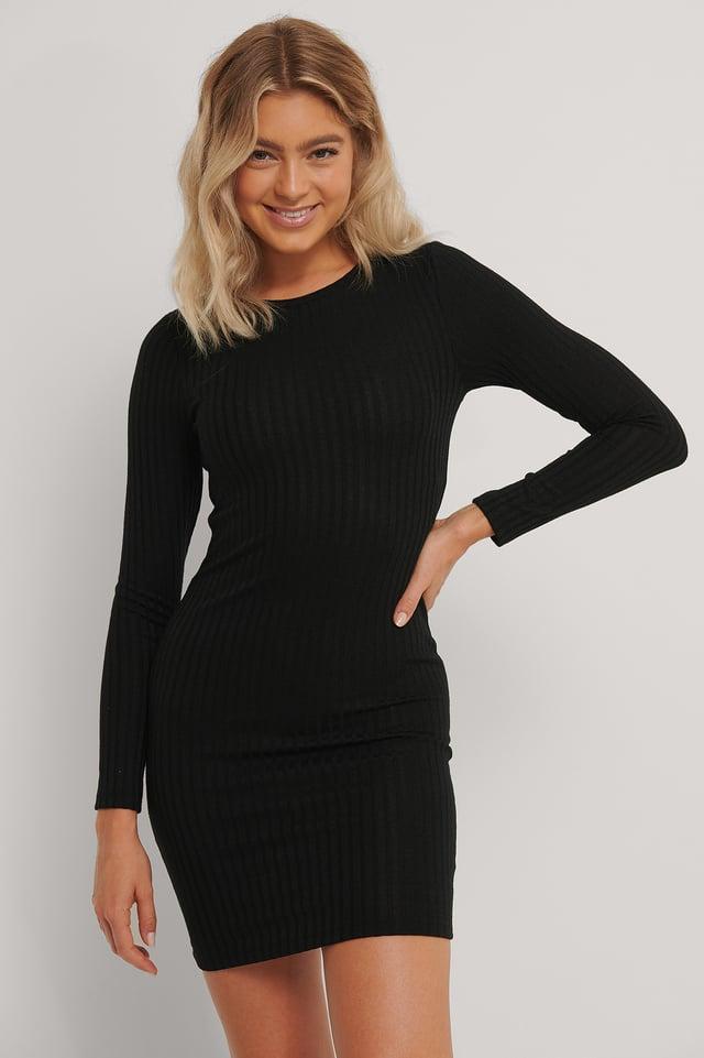 Black Robe Mi-Longue Côtelée