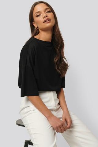 Black Tee-Shirt Côtelé À Col Rond