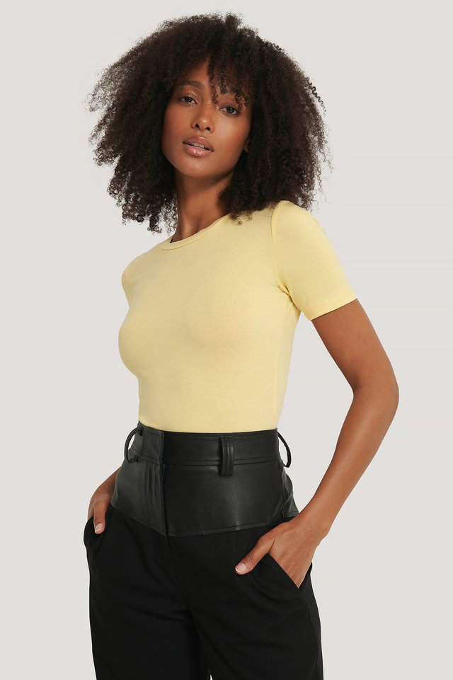 Light Yellow Tee-Shirt Col Rond En Tencel