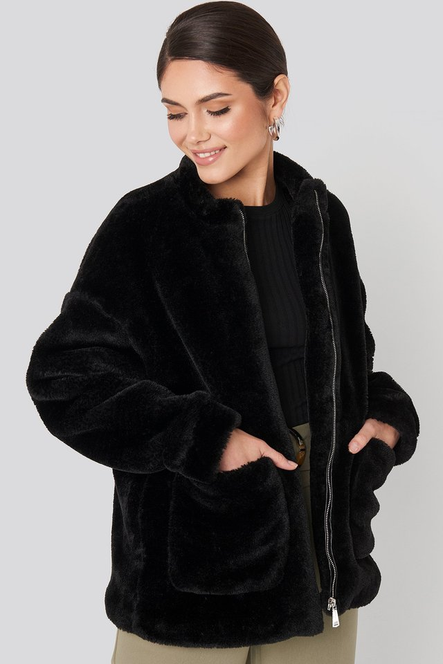 Black Short Front Pocket Faux Fur Jacket